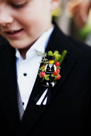 Hochzeit - 18 Sweet Ideas For Flower Girls & Page Boys