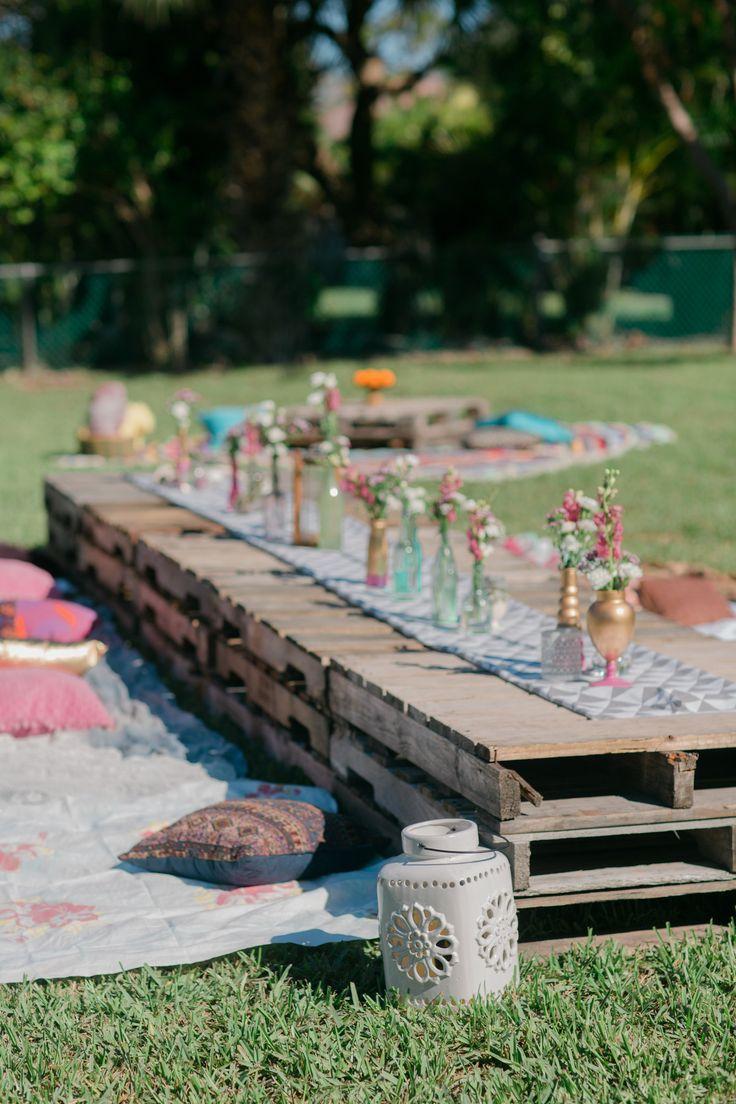 Свадьба - A Southern Backyard Brunch