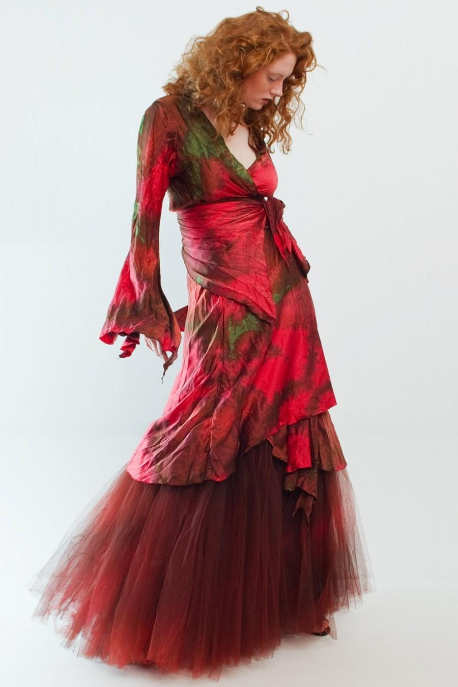 Mariage - Red silk wrapdress with silk and tuille crinoline momosoho/custom piece
