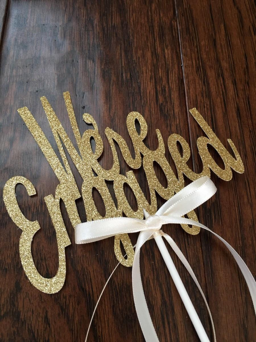 Hochzeit - We're Engaged cake topper- Engagement Cake Topper - Glitter Cake Topper - Engagement Party - Engagement Photo Prop - Cake Decor #1006