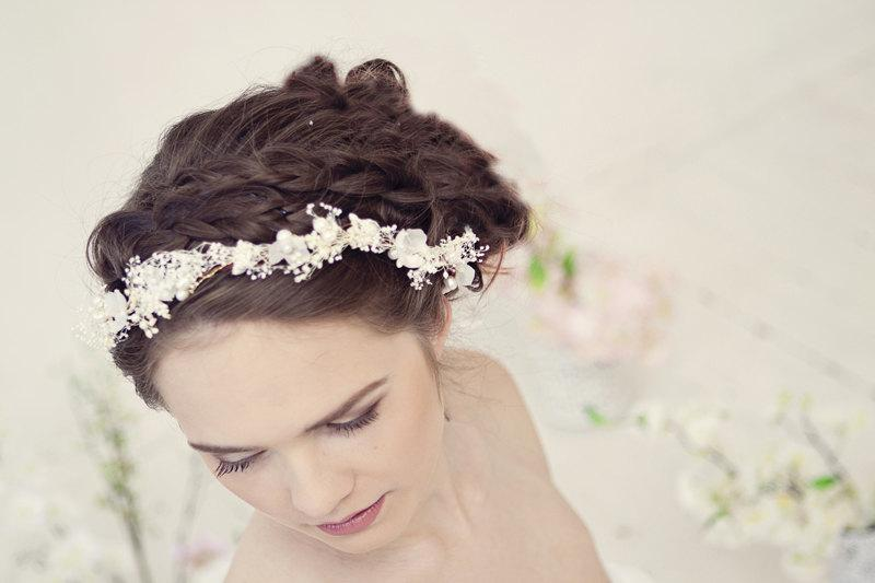 Mariage - Pearl flower crown, bridal flower crown, Wedding tiara with pearls and babys breath flowers, Wedding flower crown, style ***Eve***