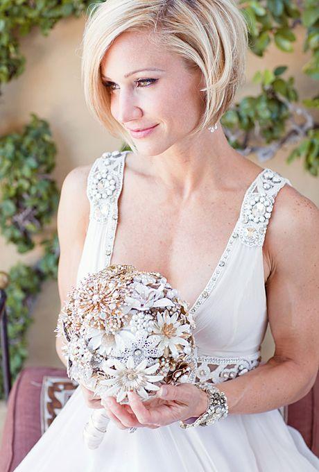 Hochzeit - Sleek Angled Bob Wedding Hairstyle