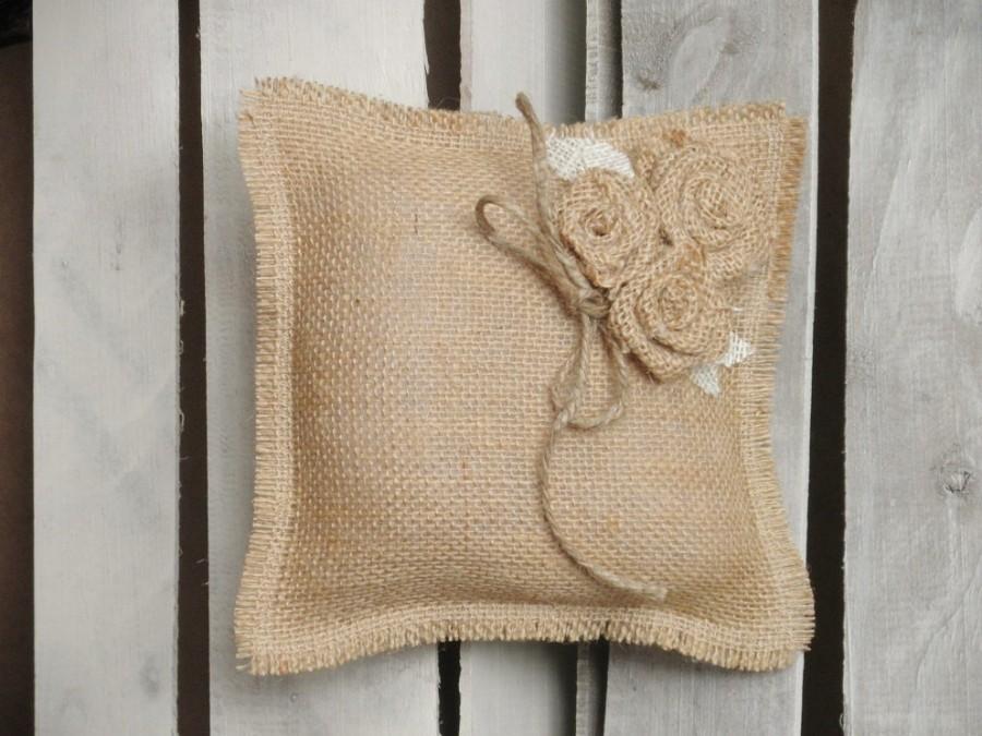 Shabby Chic Burlap Pillows : 8