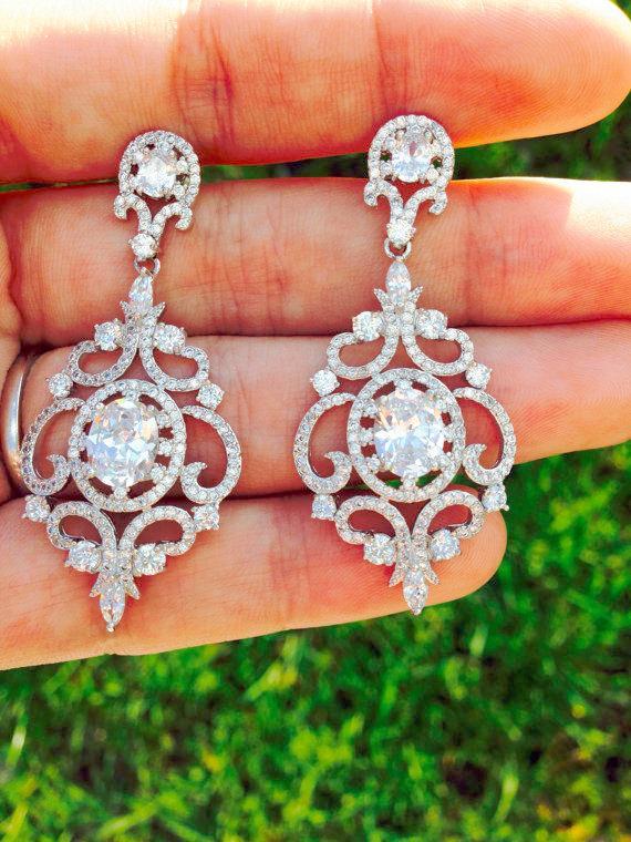 زفاف - Bridal Chandelier Earrings Wedding earrings Bridal Jewelry Wedding Jewelry Bridal accessories Swarovski earrings Vintage earrings CZ Earring