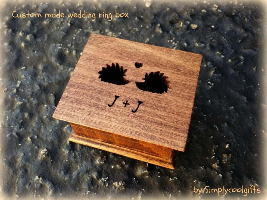 Свадьба - wedding ring box, custom ring box, personalized ring box, ringbox, ring bearer box, engagement ring box, hedgehog, hedgehogs, love hedgehogs