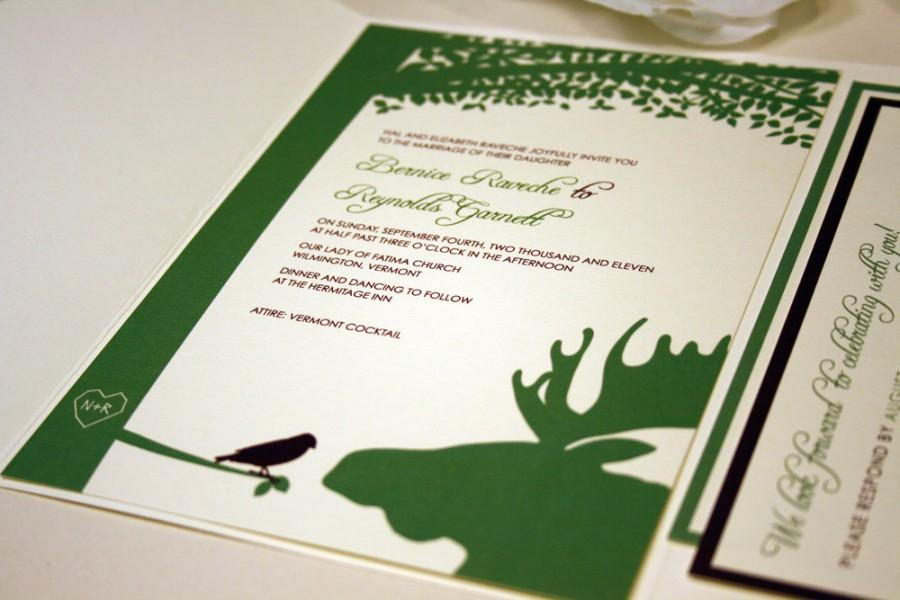 Mariage - SAMPLE Moose and Bird Pocketfold Wedding Invitation, Green, Brown, Red, Blue, Pink, Tree, Bellyband, Sticker, Cream, White, Outdoor, Forest