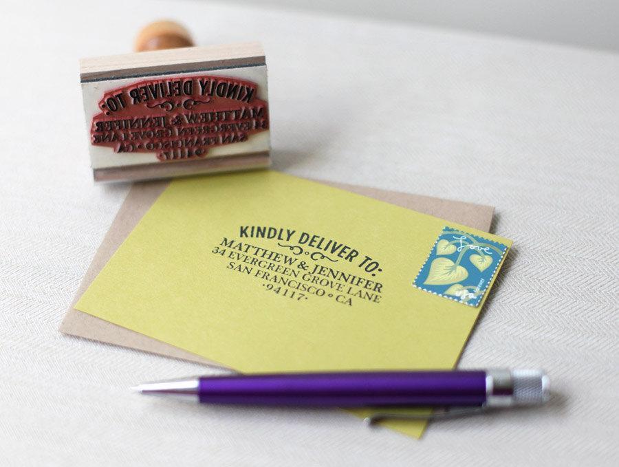 Mariage - RSVP custom address stamp - WOODTYPE DESIGN - with wood handle