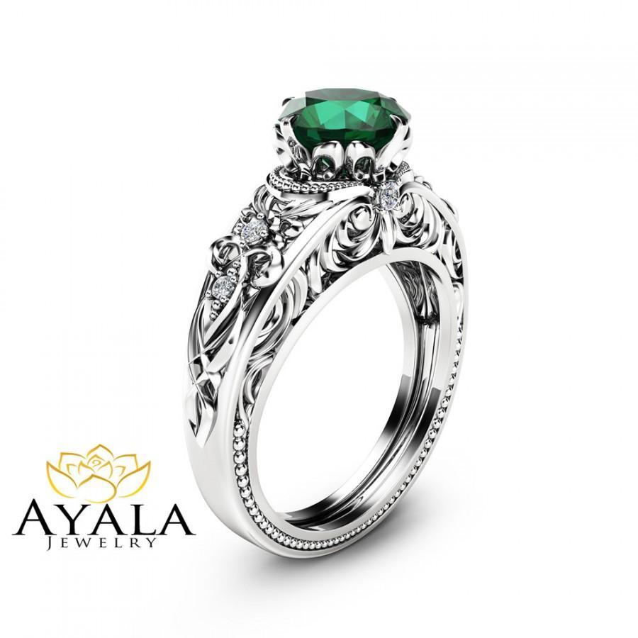 Hochzeit - Emerald Vintage Engagement Ring Natural Emerald Custom Ring 14K White Gold Vintage Engagement Ring