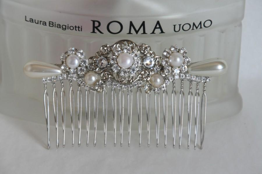 Mariage - Wedding Hair Comb Bridal Hair Comb Crystals and Pearls Vintage Bridal Comb 1920s Flower Hair Comb Leafs Flowers Headpiece Pearls Hair Piece