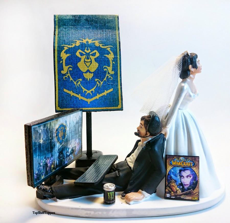 Свадьба - Funny Custom Wedding Cake Topper Bride and Groom WOW ALLIANCE