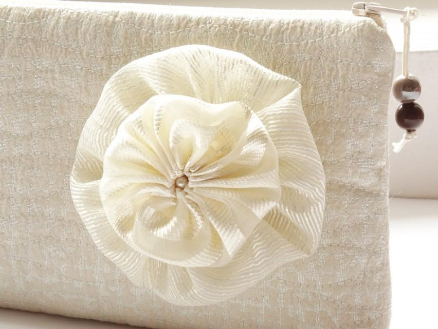 Mariage - Cream and Silver Clutch for Bride, Wedding Purse with Flower, Bridesmaid Gift Bag Pastel, Cosmetic Clutch Bag