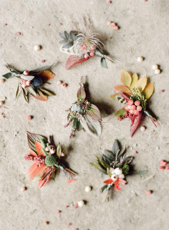Hochzeit - Autumn Heather Inspired Boutonnieres