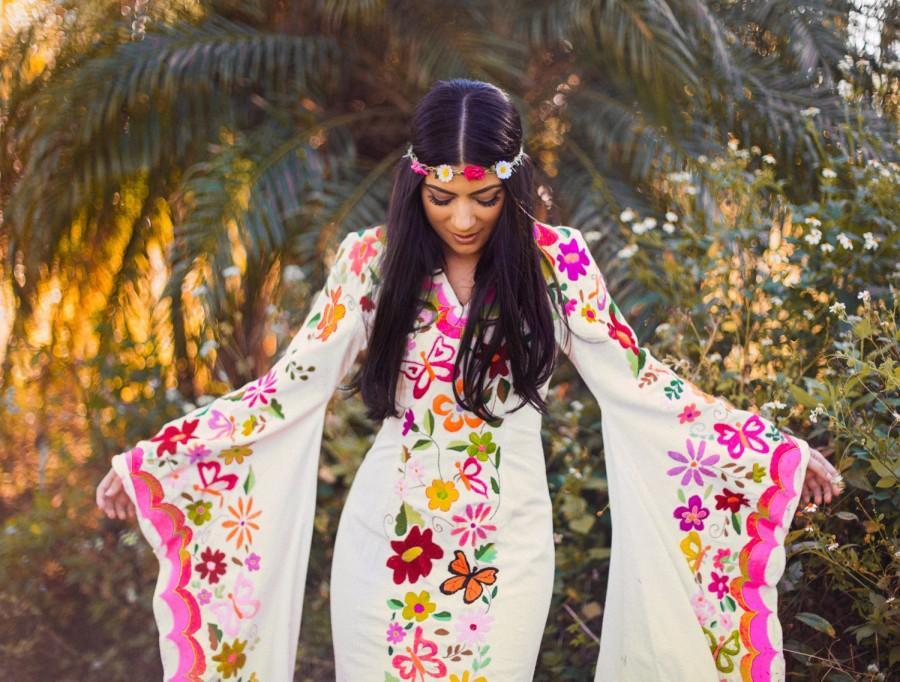 2 Week Rental: Woodstock Caftan Wedding Dress Mexican Embroidery ...