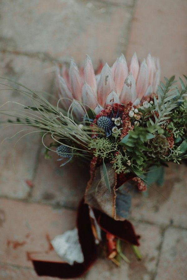 Mariage - This Creative Wedding At The Palomino Smokehouse Is A Sight For Dino-Sore Eyes