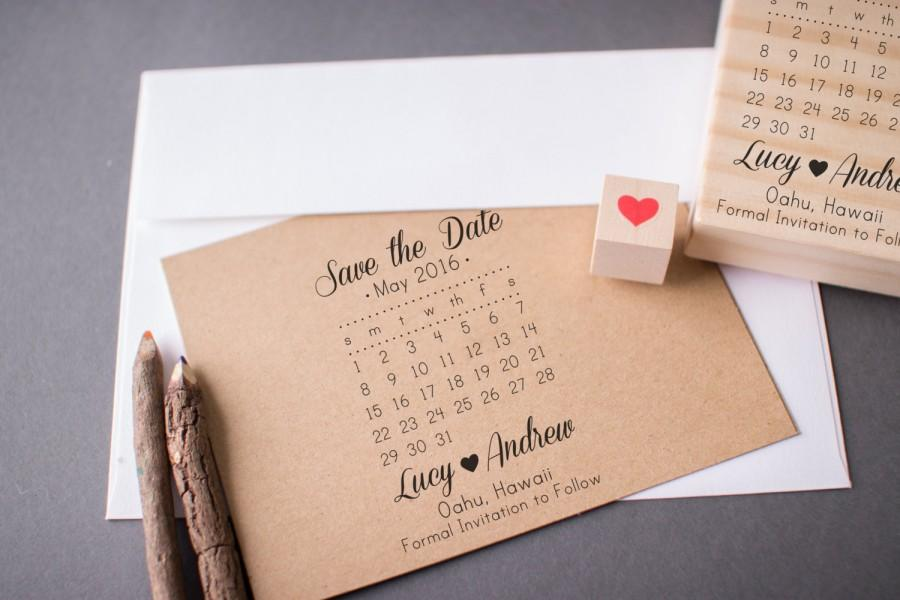 Mariage - Save the Date Stamp Set - DIY Calendar Stamp with Heart over your date - Names and location -- Wedding Rubber Stamp