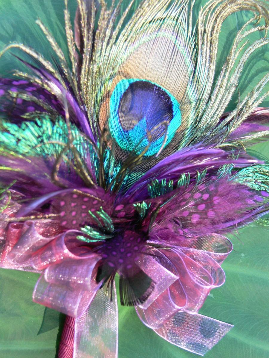 Mariage - Peacock feather Corsage in your choice of feathers, colors, and ribbon for Prom, Wedding, Mother's Day or Birthday