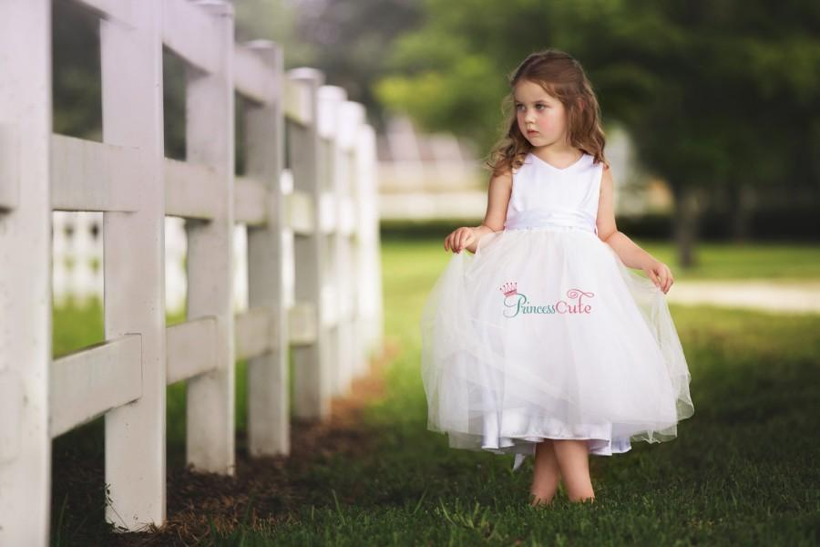 Wedding - Classiic Flower Girl Dress in Diamond White