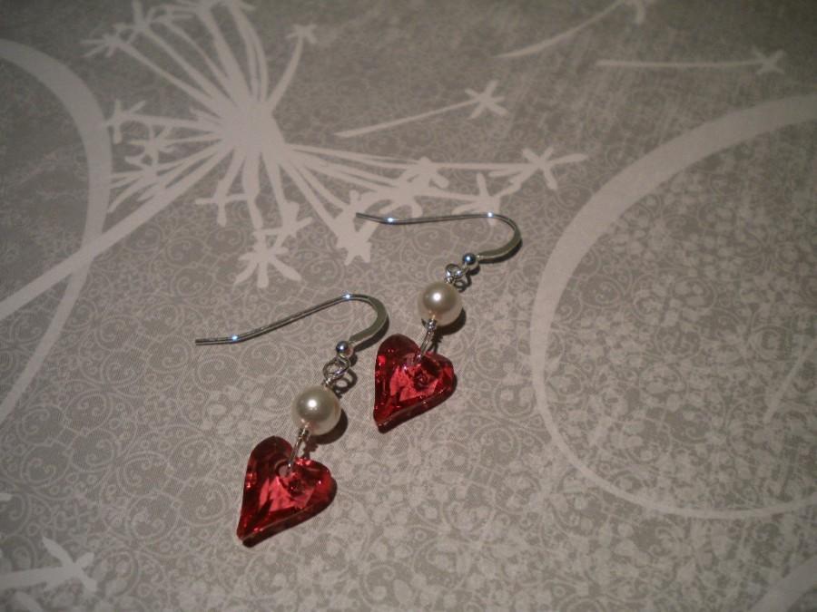 Свадьба - Heart earrings, Crystal Earrings, Bridal earrings, pearl earrings, Red crystal Heart