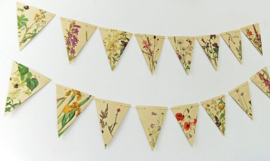 Свадьба - Summer Garland. Paper Bunting. Recycled Pennants. Eco-friendly banner. Upcycled Bunting - wedding decor - Summer Wedding Pennants
