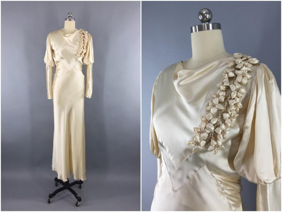 311c5a5e7e90 Vintage 1930s Wedding Dress   30s Bias Cut Dress   1930 Art Deco   Ivory  Champagne Satin Gown