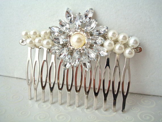 Boda - Rhinestone Brooch Pearl Bridal Hair Comb - Vintage Sparkle - Something Old