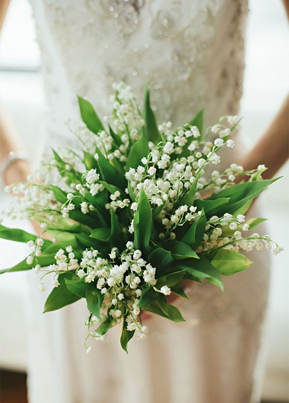 10 Insanely Pretty Spring Wedding Bouquets