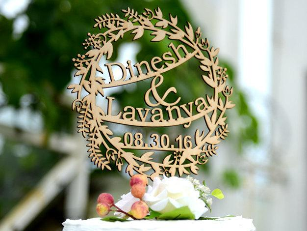 Mariage - Wedding Cake Topper Personalized with Date and Name, Custom Rustic Cake Topper Made of Linden Wood, Cake Topper with YOUR Names #128