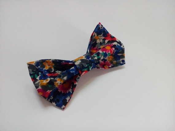 Свадьба - floral bow tie wedding bowtie multicolored navy blue red yellow green blosom brothers matching piece daddy and son ties papa et fils cravate