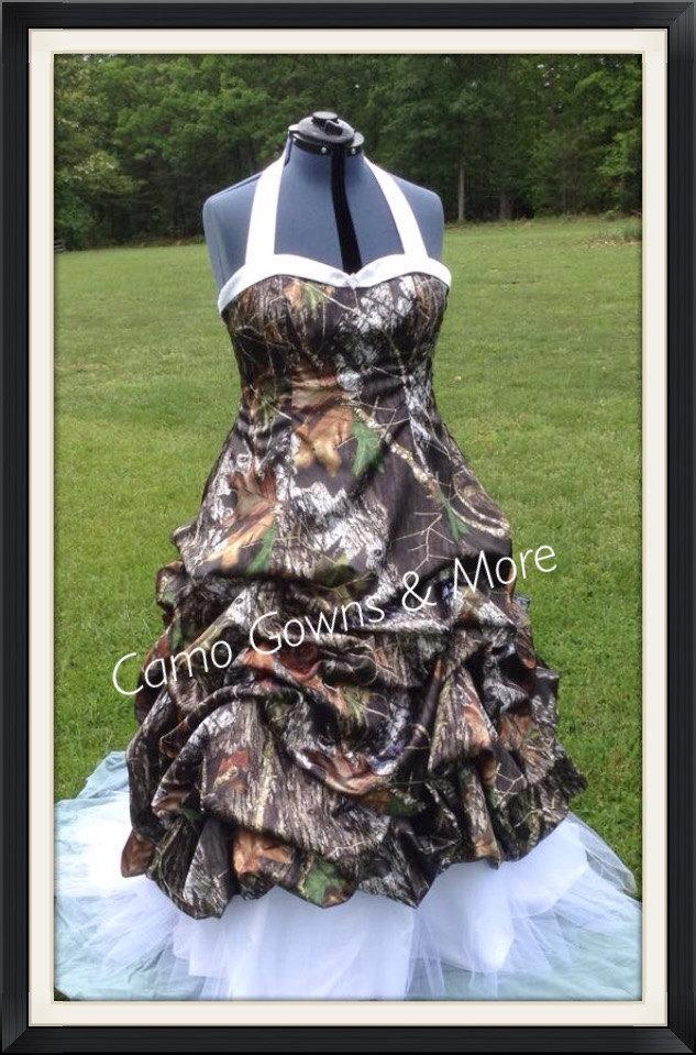 Свадьба - CAMO Wedding Dress / Gown with Pick Up and Tulle Peek-a-boo Skirt