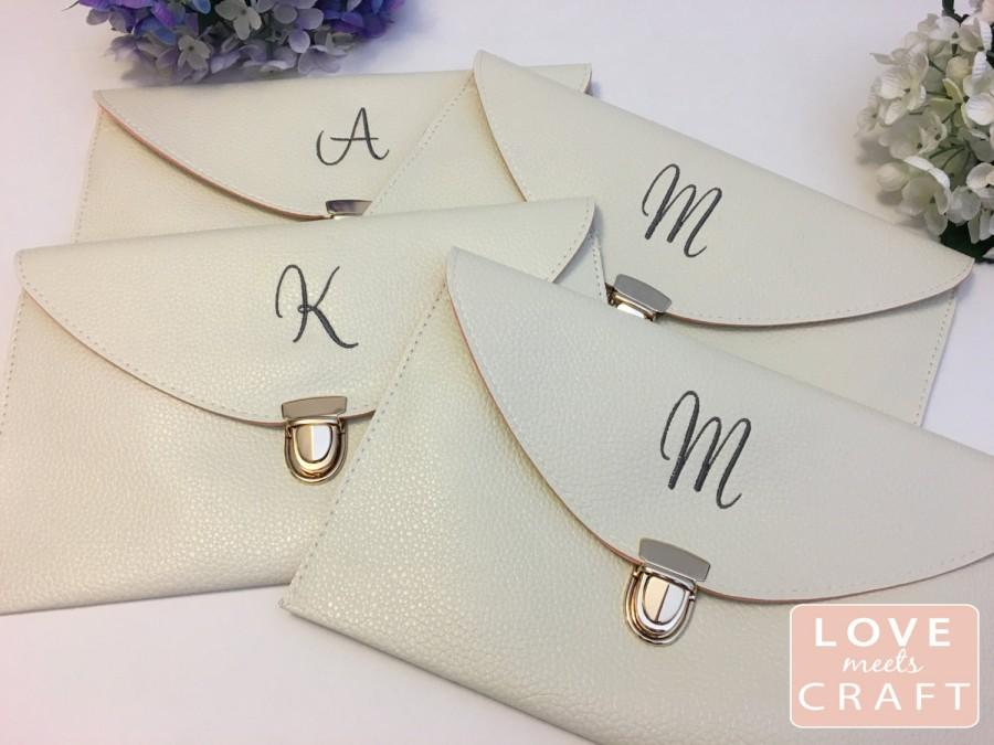 Bridesmaid Monogram Clutches Gifts