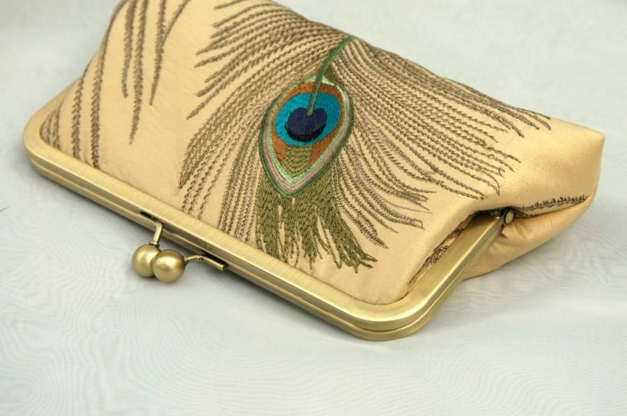 Mariage - Peacock Wedding Purse, Gold Peacock Bridal Clutch, Ivory Peacock Clutch, Greige Purse, Mint Bridesmaid Clutch {Embroidered Peacock Kisslock}