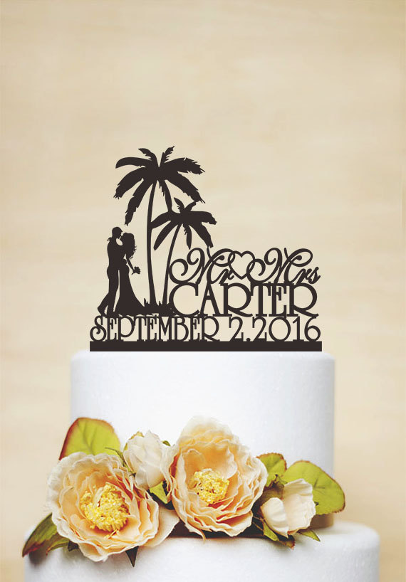 Свадьба - Mr & Mrs Wedding Cake Topper With Last Name,Beach Cake Topper,Acrylic Decoration,Palm Tree Topper,Custom Topper,Personalized Topper C134