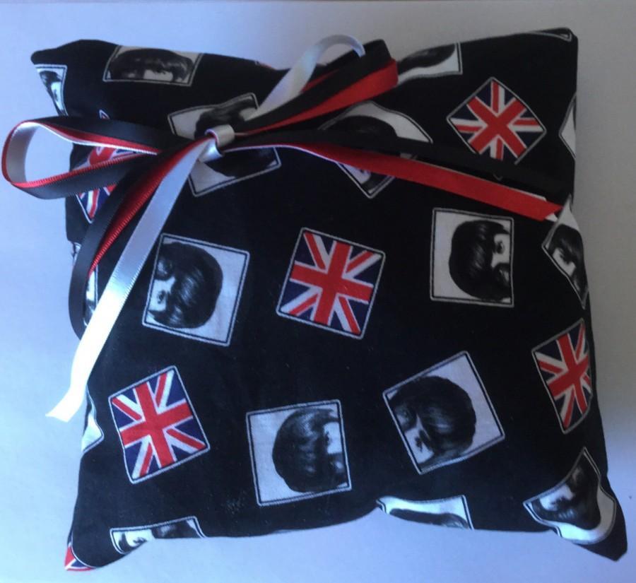 Mariage - Beatles GB Flag Wedding Ring Cushion Pillow