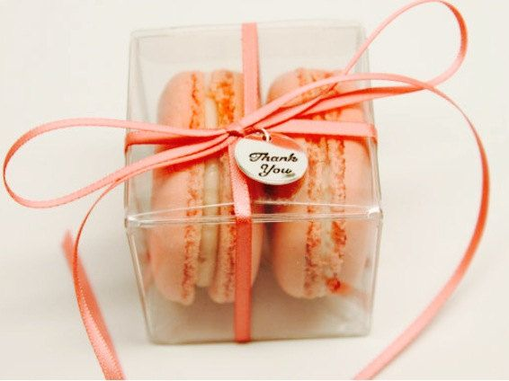 Свадьба - 25 Macarons Favor Box