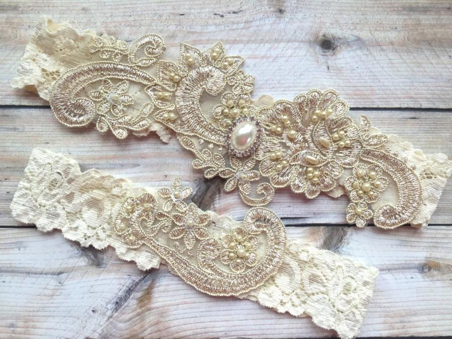 Hochzeit - Pearl Garters, Beaded Garter, Gold Lace Wedding Garter Set, Pearl Garter Set, Beaded Wedding Garter, Pearl Bridal Garter, Gold Garter