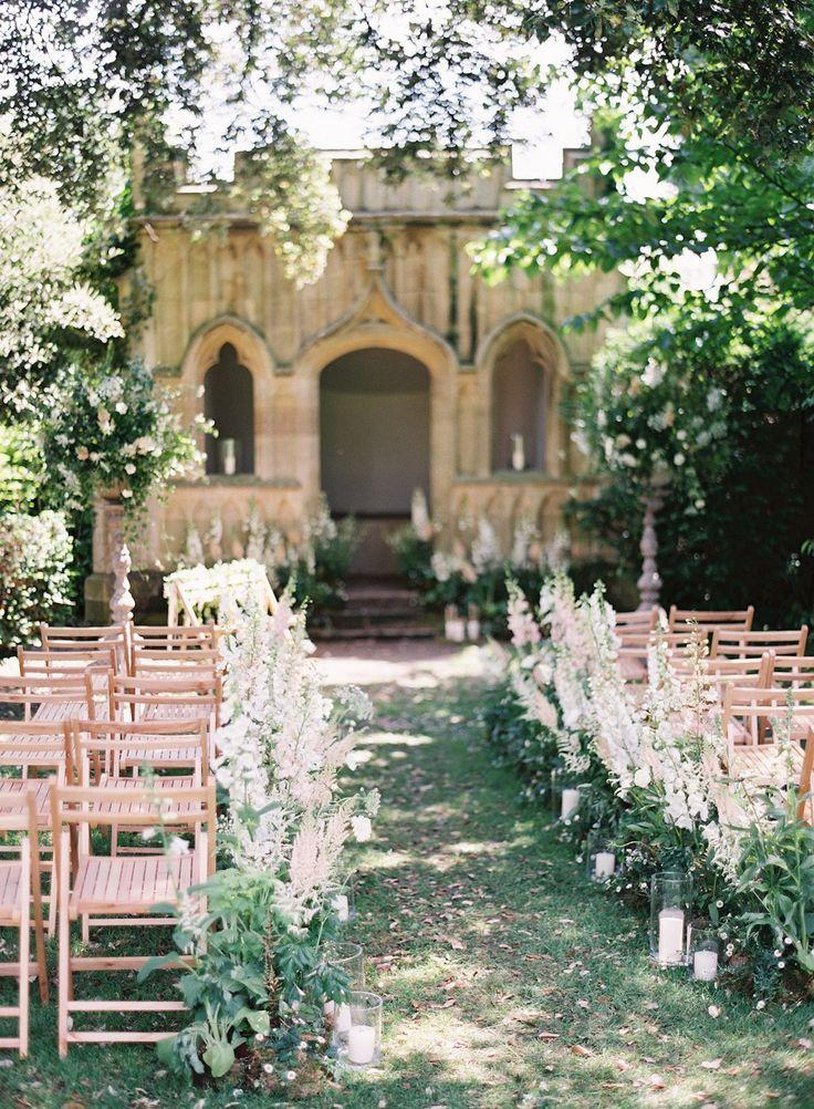 Hochzeit - Joyce And Stephen's Ethereal Floral Wedding By Catherine Mead Photography