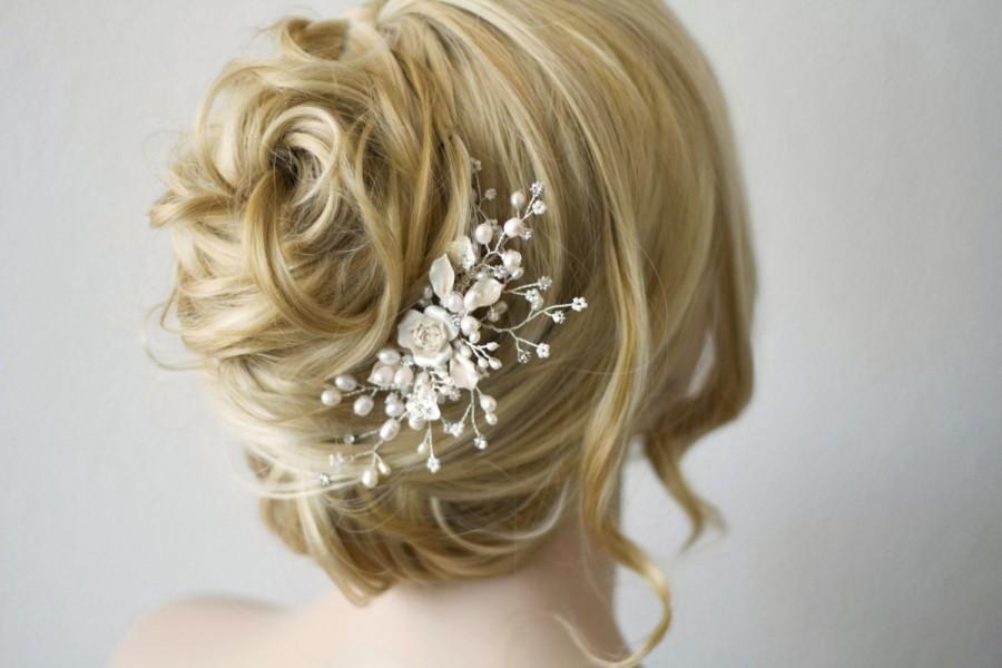 Wedding - Bridal pearl hair comb. Floral freshwater pearl rhinestone headpiece. wedding decorative comb. Pearl hair comb. Wedding hair accessories.