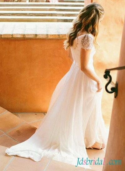 Свадьба - H1543 Fairy light ethereal flowy chiffon cap sleeved wedding dress