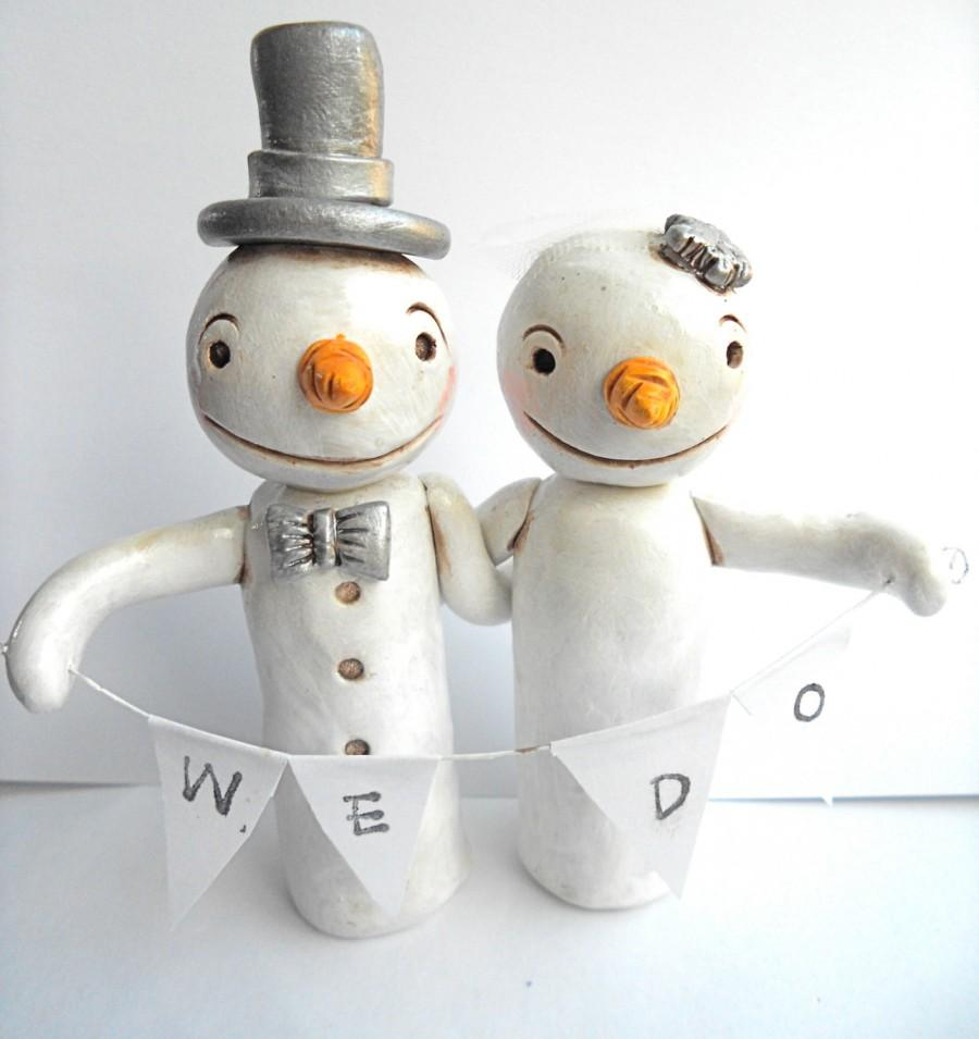 Свадьба - Winter Wedding Cake Topper Snowmen in Love for your Winter Wedding