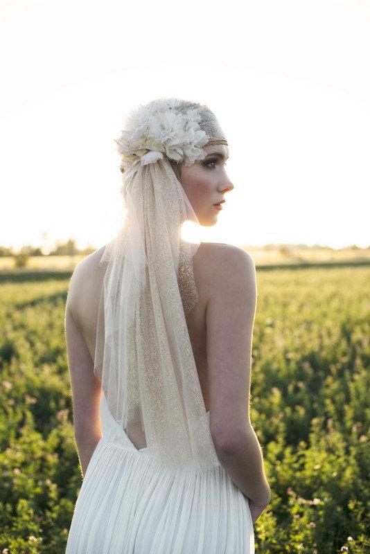 Mariage - Gold Juliet Veil, Juliet Veil, Wedding Veil, Wedding Cap Veil, Bridal Veil, Vintage Veil, Gold Veil, Flower Veil, Lace Veil, SARAH JANE