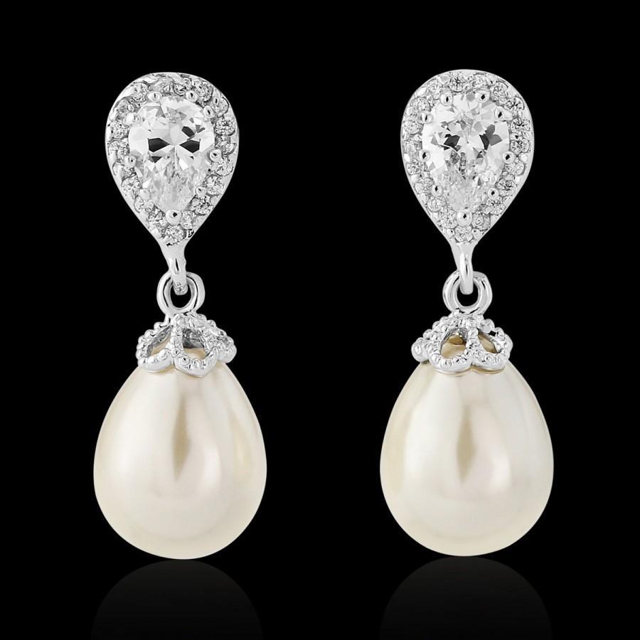 Свадьба - Pearl wedding earrings bridal vintage inspired Art Deco 1920/30s style pearl crystal drop wedding bridal earrings silver wedding jewelry