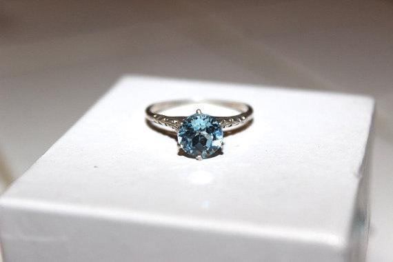 Mariage - 1.50 Aquamarine Engagement Ring,Aqua Jewelry,Wedding Anniversary Gift ,Estate 1940's Gift,August Birthday Gift
