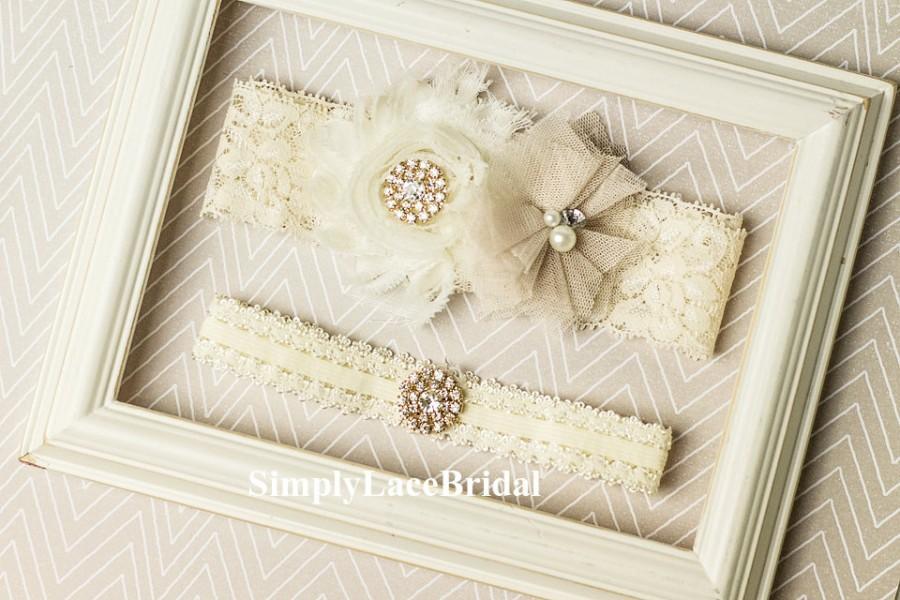 Mariage - Ivory Lace Garter Set / Rustic Garter / Toss Garter / Bridal Lace Garter Set / Bridesmaid Gift /  Bridesmaid / Toss garter / Garter