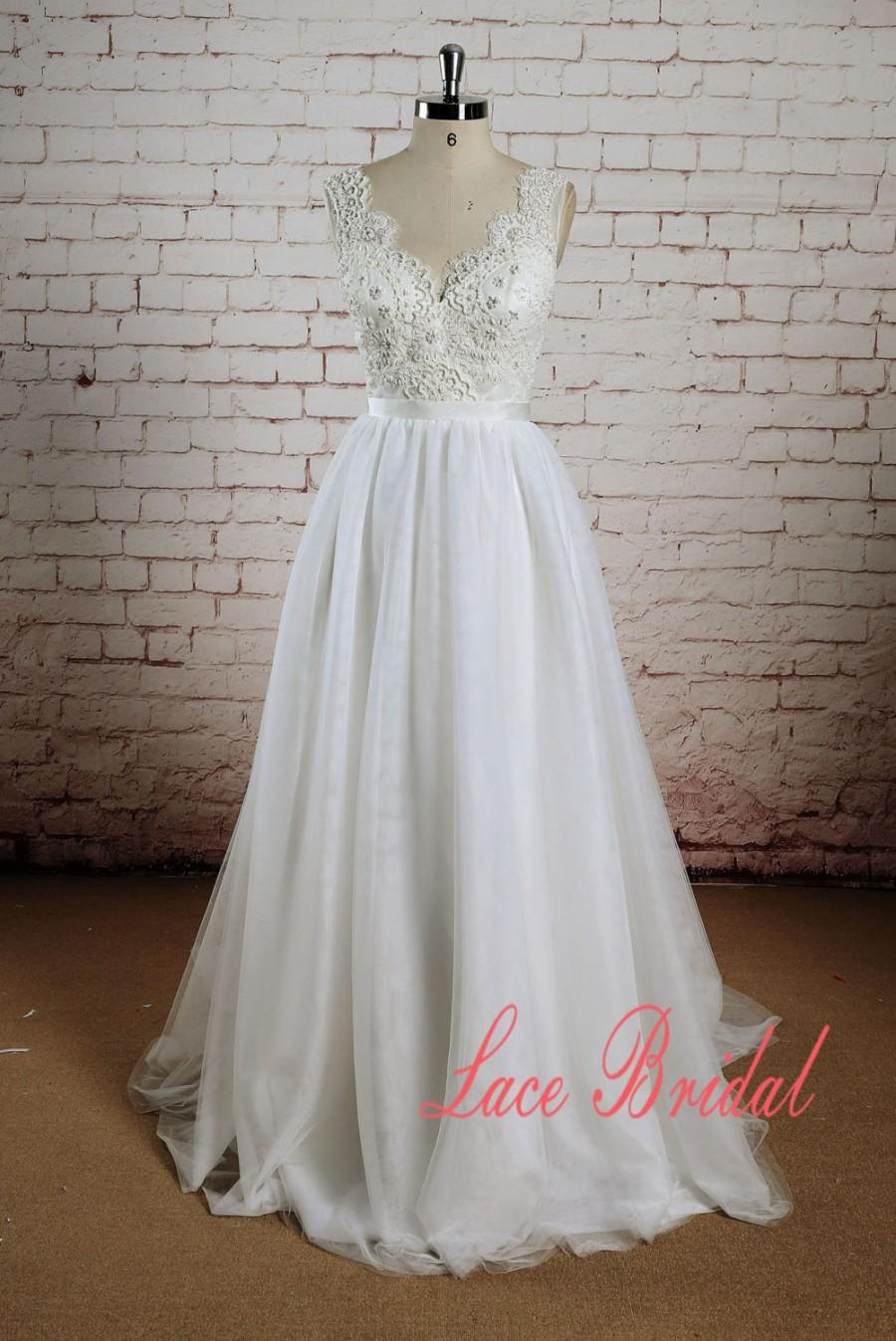 Beading Bodice Wedding Dress With Tulle Skirt A Line Bridal Gown Sheer Back Sleeveless
