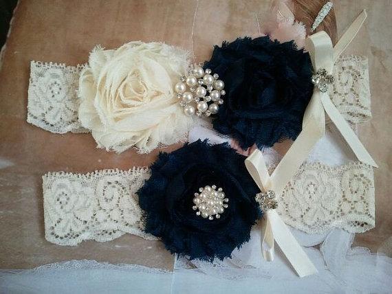 Mariage - SALE - Bridal Garter, Wedding Garter and Toss Garter - Ivory/Navy Garter Set with Pearl & Rhinestone - Style G218