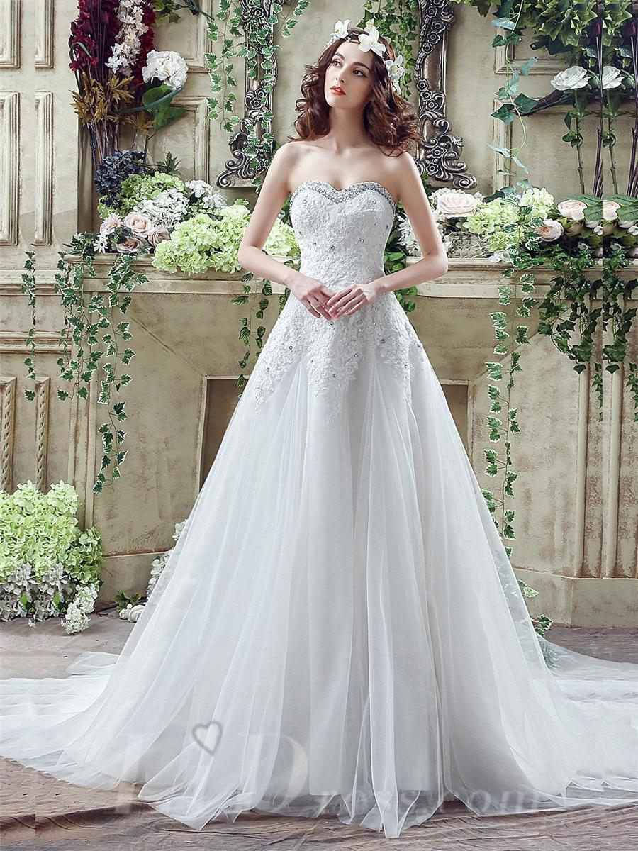 Hochzeit - Glamorous Sequined Lace Tulle 2016 Wedding Dress Court Train Lace-up