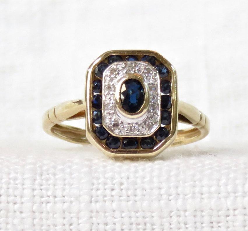 زفاف - Vintage 14k Gold Diamond and Blue Sapphire Halo Ring