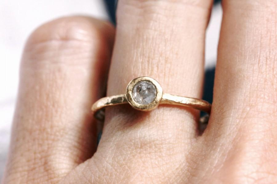 Mariage - Rose cut diamond engagement ring. Grey stone. Sprout.