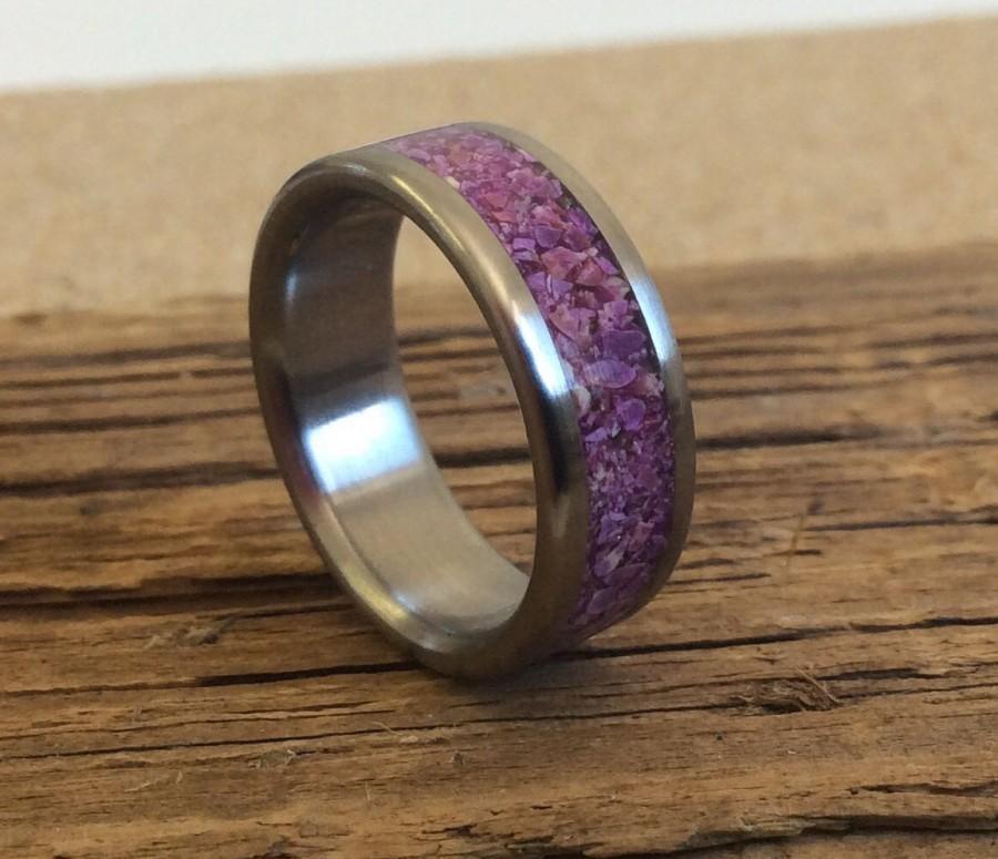 Mariage - Titanium Ring, Sugilite Ring, Stone Ring, Wedding Ring, Mens Ring, Womens Ring, Purple Ring, Custom Made Ring, Engraved Ring, robandlean