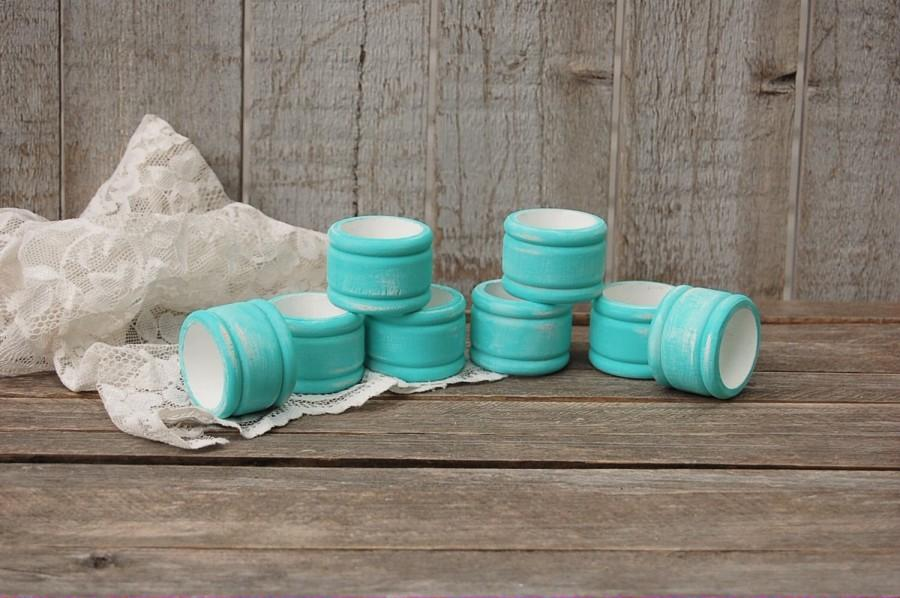 Hochzeit - Napkin Rings, Shabby Chic, Aqua, Turquoise, White, Wood, Distressed, Set of 8, Wedding, Hand Painted, Painted Napkin Rings, Napkin Holders